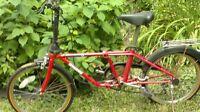 Vélo pliable a vendre rouge