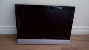 BRADA  LCD TV WITH REMOTE MODEL NO. LT61901
