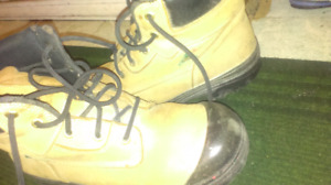 Size 11 aggressor work boots