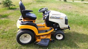 Cub Cadet GT2544 lawn tractor