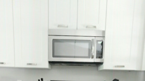 Microwave Oven and Hood Combo Over-the-range IKEA/Whirlpool