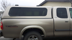 Topper canopy for 01 to 06 toyota tundra in fantastic shape