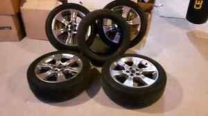 "19"" OEM Toyota Sienna Rims and tires"