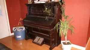FREE antique organ