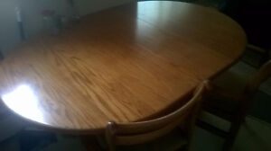 SOLID OAK WOOD KITCHEN TABLE