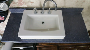 Bathroom counter and sink