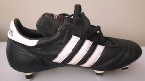 Adidas Rugby / football Cleats.