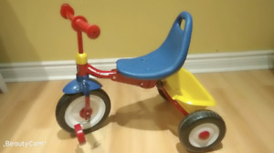 Radio Flyer Ride On compact fold 2 go  excellent condition $30