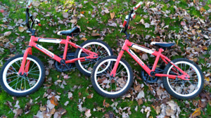 Kids bikes, ages 5-7, excellent condition w/training wheels