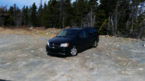 2011 dodge grand caravan needs work 200358km $3000 o.b.o