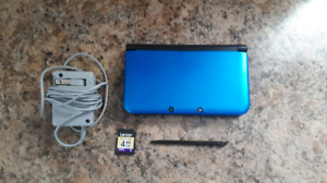 Nintendo 3DS XL System With Charger And 4 GB Memory Card!