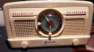 Vintage Jewel clock radio