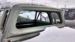 CAMIONNETTE ** VITRE ARRIERE ** BACK GLASS ** REAR WINDOW **--
