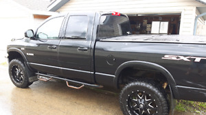 Mint condition dodge ram 1500 sxt lifted 6 inches