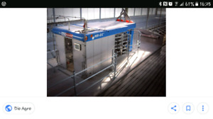 Boumatic MR D1 milking robot