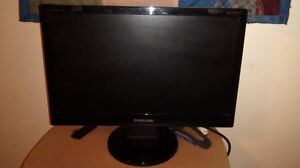 "19""  Samsung Monitor for sale"