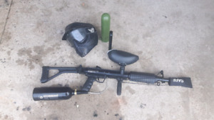 paintball gun in excellent condition