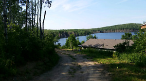 Beautiful lake front cabin for rent