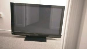 """42"""" 1080p Panasonic plasma tv"""