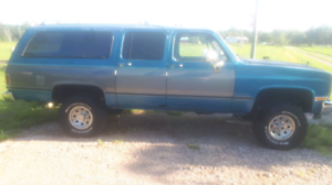 1988 suburban 4x4 for sale