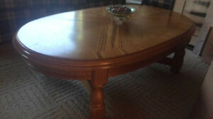 Cheap coffee table with two matching side tables
