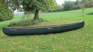Old Town Discovery 169 Canoe Excellent Condition