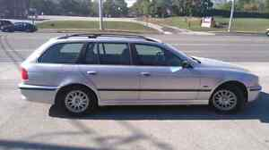 1999 BMW 528i Wagon