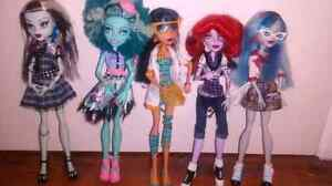 Lot 5 populaire monster high doll + accessoires