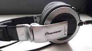 Pioneer HDJ 2000 Headphones