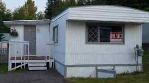 2 bedroom Mobile Home beautifully renovated
