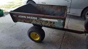 John Deere 10 Trailer