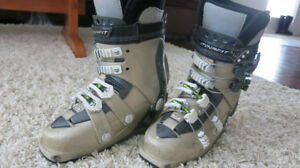 Women's Dynafit Passion Touring boots, Size 24