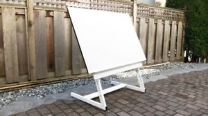 Adjustable art, drawing, hobby & drafting table with gridded mat