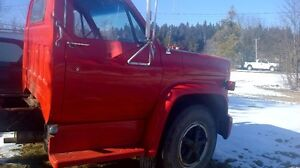 For sale 1975 c60 chev truck