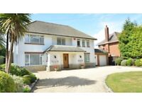 Bournemouth holiday let-large garden,beautiful house close to beach and town