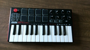 Akai MPK mini Midi keyboard