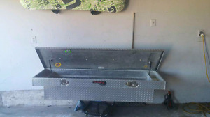 2 aluminum tool boxes for half tun truck