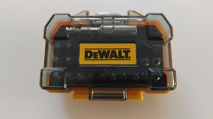 NEW Dewalt 31 pc Impact Ready Bit Set Flex Torq Compact Case $13