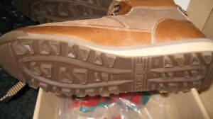 Very light italian hiking  shoe,NEW in box!!! size 41