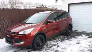 2 premier mois gratui  Ford Escape 2014 transfert de location.