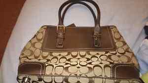 Coach bag need it to be gone ASAP in mint condition.