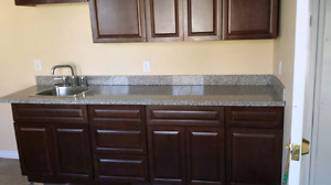 renovated 3 bedroom house granite countertop all included