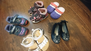 Souliers toddler shoes size 5 and 6