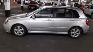 FULLY LOADED 2008 KIA SPECTRA 4 DR HATCHBACK - LOW PRICE $1900!!