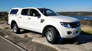 Ford ranger dual cab 4x4 for sale low km.