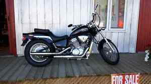 2004 Honda shadow vlx600 in mint condition!
