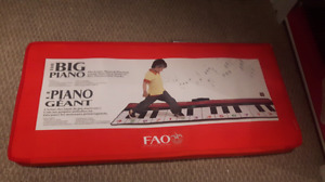 FAO Schwarz - The Big Piano Dance Mat