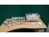 JOBLOT OF ASSORTED AIR DIFFERENCIAL PRESSURE SWITCHES & DUCT FITTING KITS