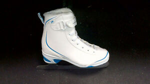 Brand New Womens Soft Boot Skates