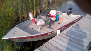 2005 TRACKER BOAT, MOTOR AND TRAILER